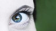Vienkārši vingrinājumi, kas palīdzēs nogurušām acīm un uzlabos redzi