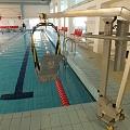 Invalīdu pacēlāji baseinos