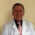 Traumatologs ortopēds Valdis Gončars, ķirurgs Rīgā, ķirurgs ortopēds, veic locītavu endoprotezēšanu Rīgā, artroskopisko ķirurģiju, pēdu ķirurģiju